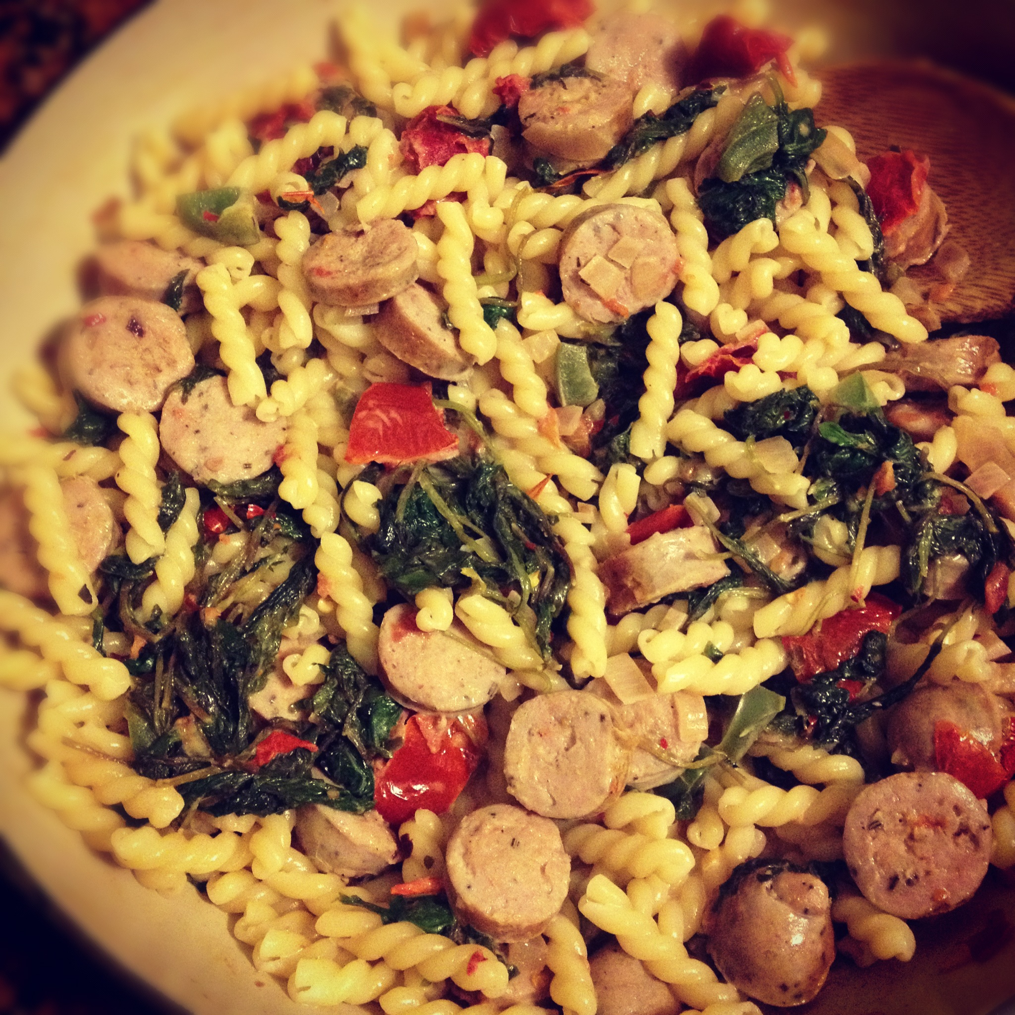 Pasta with kale & chicken sausage. | cook.can.read