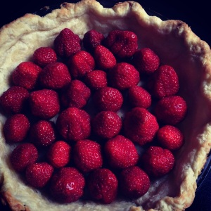 base layer of fresh strawberry pie