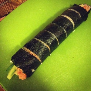 spicy tuna roll cut with the SushiQuik sushi roll cutter