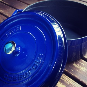 Lava cobalt blue enameled cast iron 7 qt Dutch oven