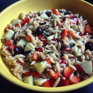 Greek orzo salad with bell pepper, cucumber & Kalamata olives