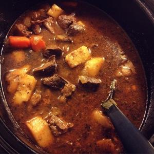 slow cooker beefalo heart goulash