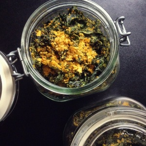 """cheesy"" baked kale chips"