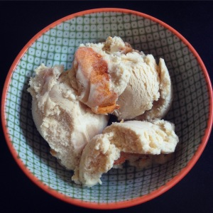 brown sugar bourbon ice cream with roasted apricots