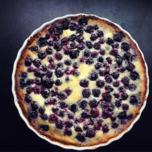 Finnish blueberry cream tart (mustikkapiirakka)